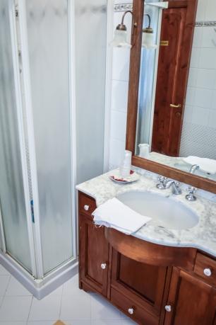 Bagno in comune con doccia